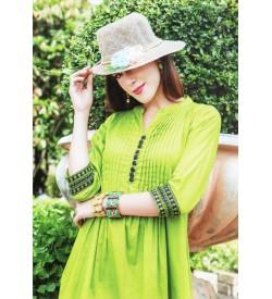 Lepsy Dream Fashion Green Plain 3/4 Sleeve Kurti For Women's And Girls - KU_1106